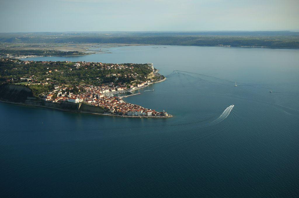 Sodba o meji med Slovenijo in Hrvaško 29. junija