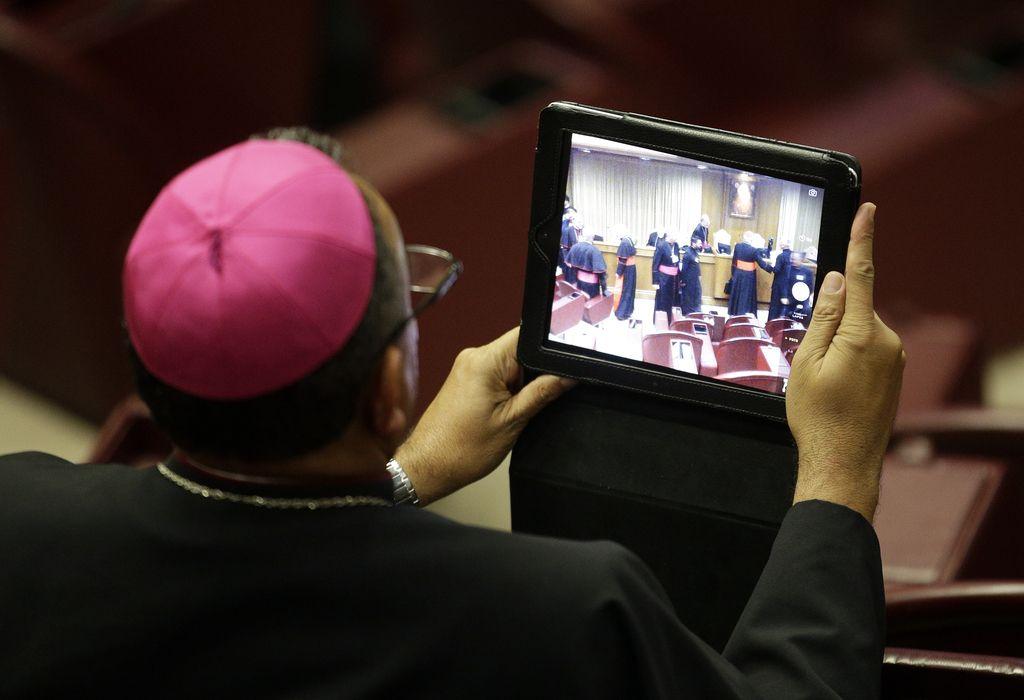 Katoliška cerkev vernike nagovarja tudi po spletu