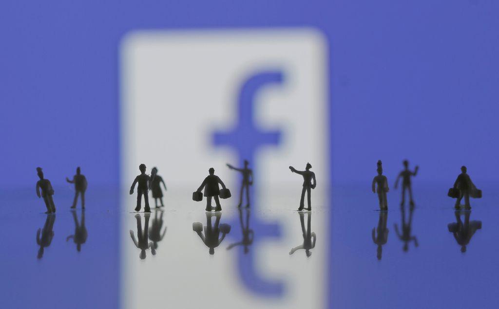 Sam bivši šef Facebooka svari pred facebookom