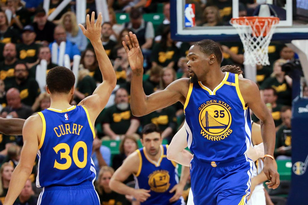 NBA: Golden State še korak od konferenčnega finala (VIDEO)