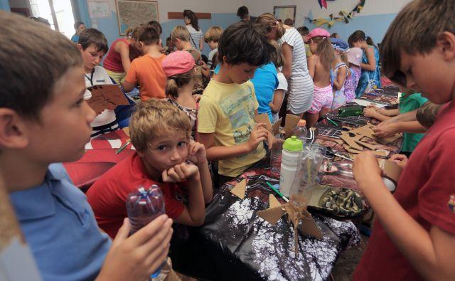 Tečaj modeliranja pri Zvezi prijateljev mladine, 13.8.2015, Maribor [Zveza prijateljev mladine]