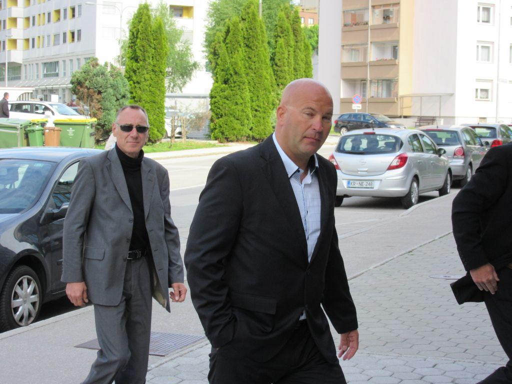 Ponovno o oškodovanju za 353.000 evrov