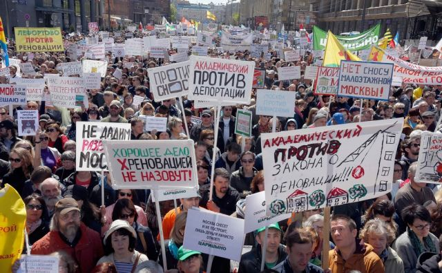 RUSSIA-HOUSING/PROTESTS