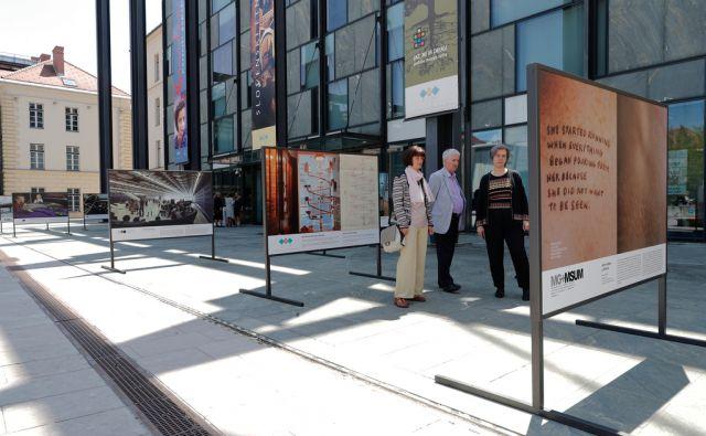 Razstava Narodni muzeji Slovenije v atriju Slovenskega etnografskega muzeja, v Ljubljani, 18. maja 2017. [muzeji,razstave,narodni muzeji,etnograski muzej]