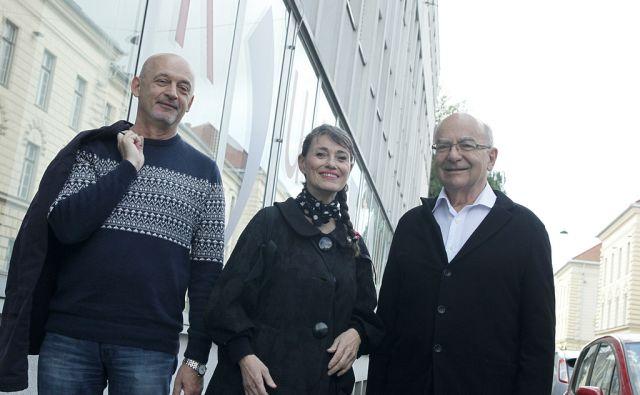 Protest kulturnikov dr. Vesna Čopič,Mitja Rotovnik in Borut Smrekar. V Ljubljani12.5.2017[Kutura.protest.opozarjanje na razmere v kulturi]