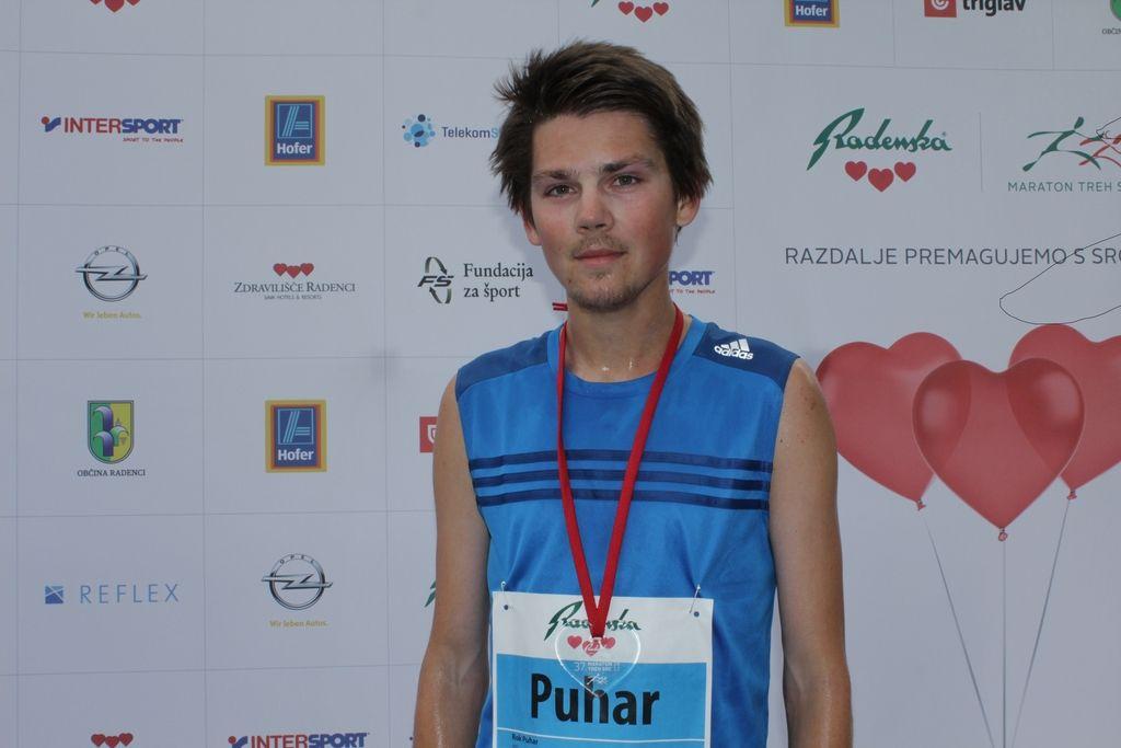 Hafner in Romanova slovenska prvaka polmaratona, najhitrejši Kenijci