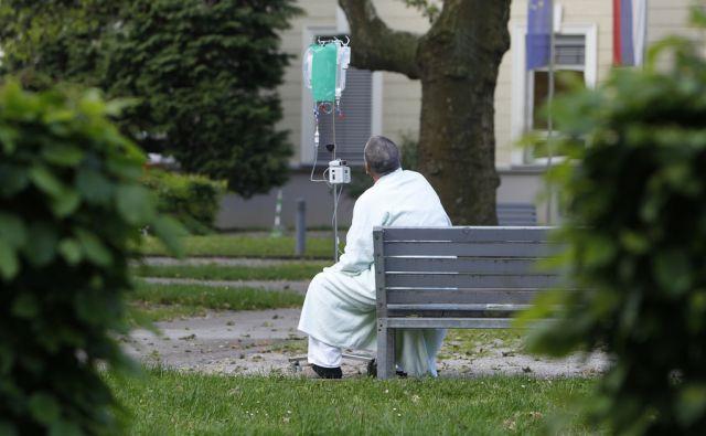Bolnik v Ljubljani, 12. maja 2017 [zdravstvo,pacienti,infuzije,Ljubljana,motivi]