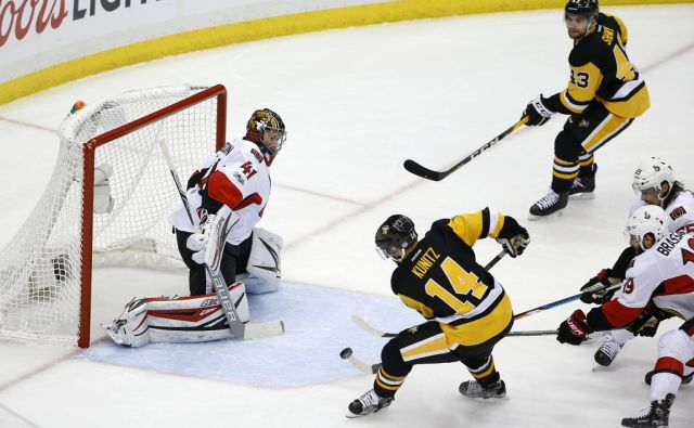 Senators Penguins Hockey