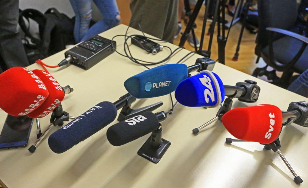 Radikalno so posegli v svobodo tiska