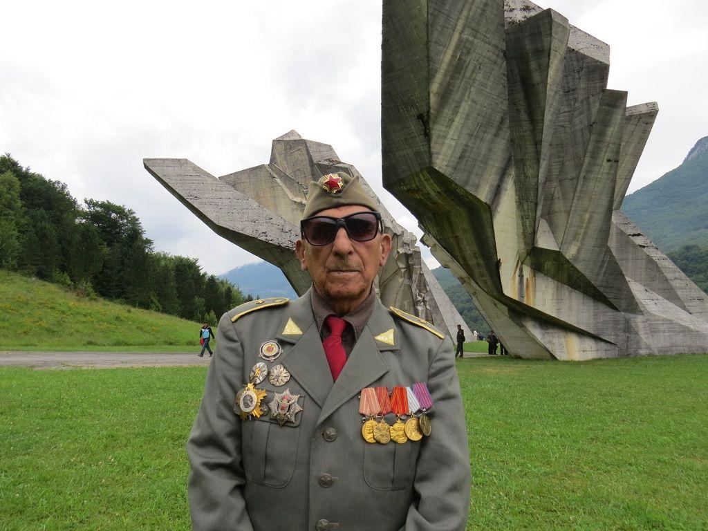 Obletnica bitke na Sutjeski: Izlet v preteklost v mitološki Dolini herojev