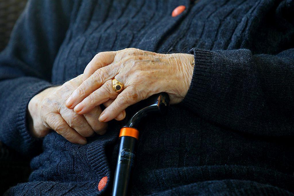Odnosi: Babica nas je šokirala še po smrti
