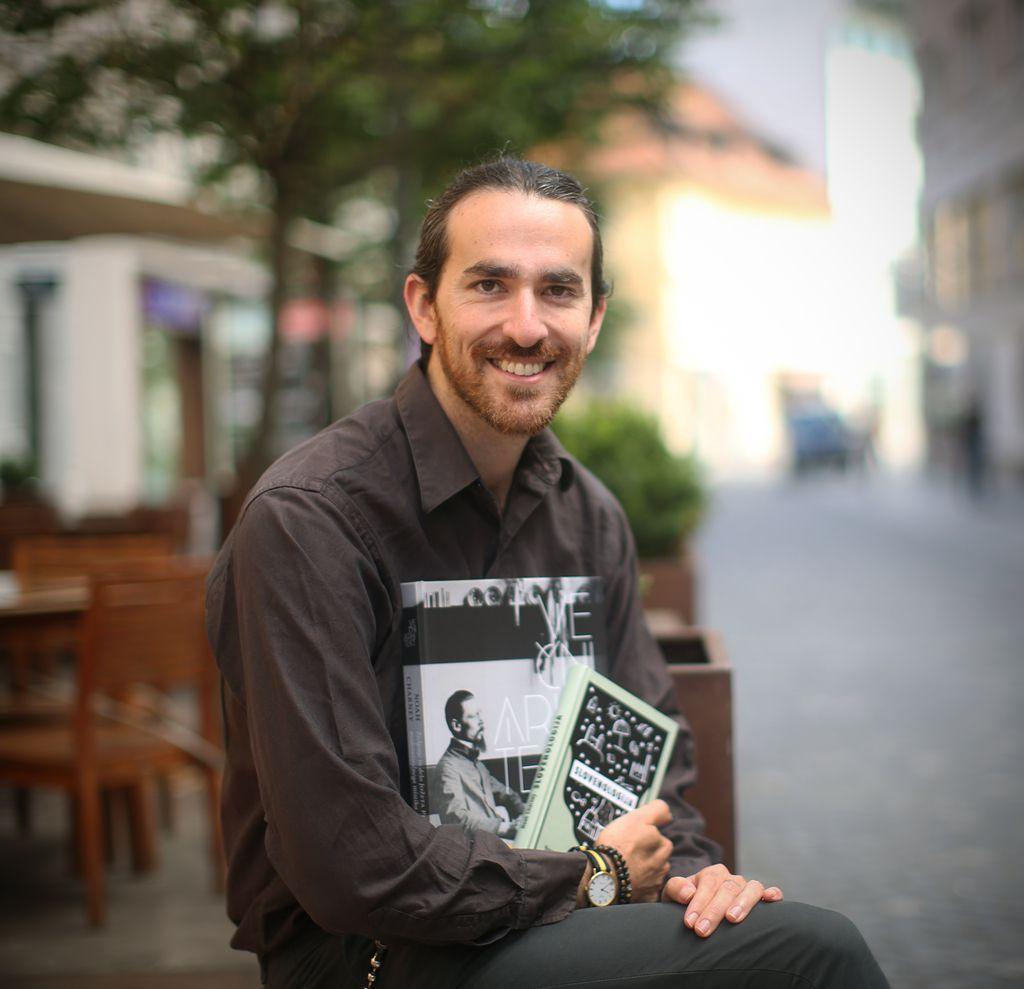 Noah Charney: V Sloveniji je življenje najboljše!