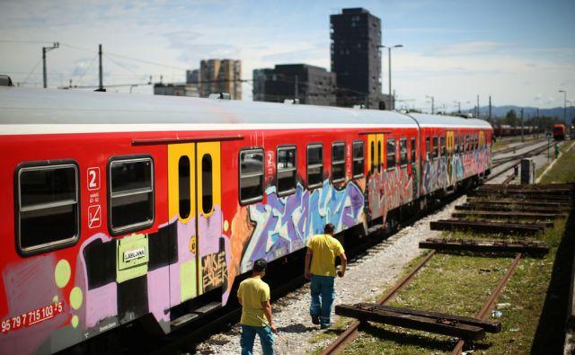 Grafiti, Slovenska železnice