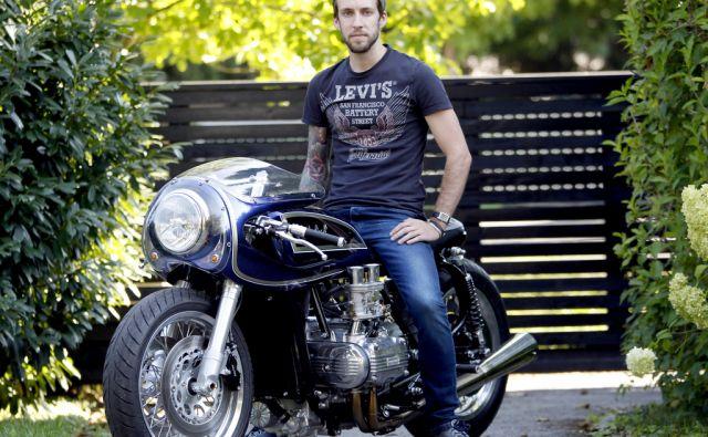 Luka Lamut z svojim motorjem,Ljubljana Slovenija 23.08.2017 [Portret]