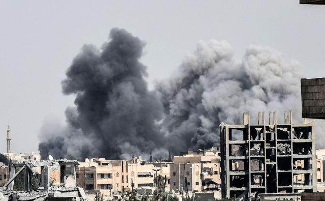 afp*SYRIA-CONFLICT-RAQA