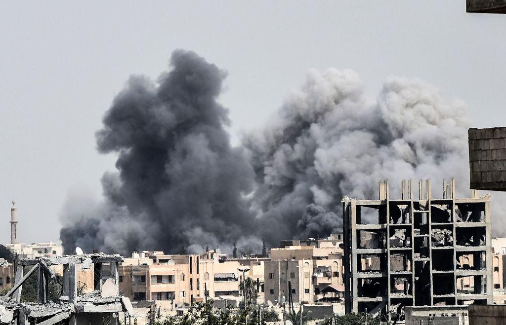 Trump po raketnem napadu v Siriji označil Asadaza žival