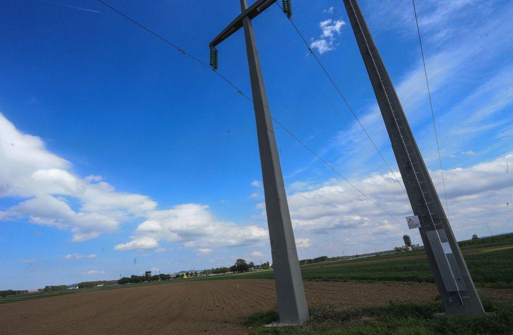 Cerar in Počivalšek: Odpadle vse ovire za uresničitev projekta Magna
