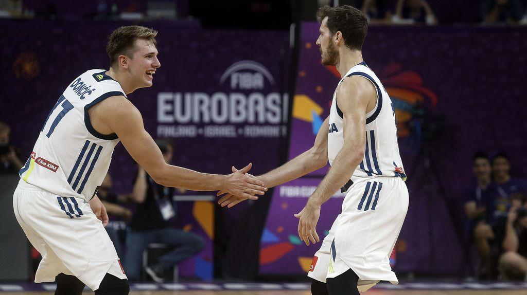 Dragić in Dončić najboljša evropska košarkarja leta