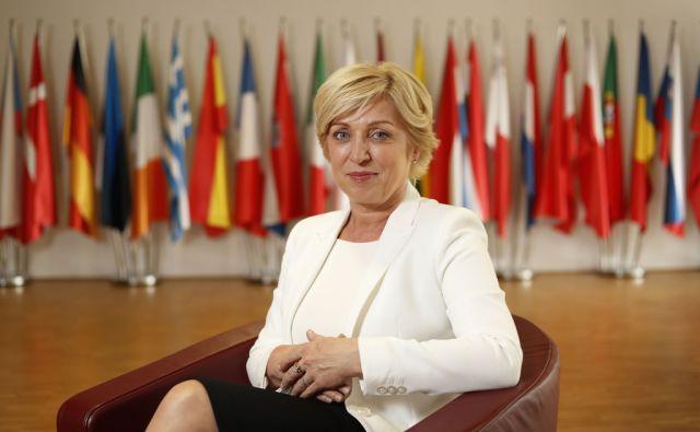 Romana Tomc, predsedniška kandidatka in evropska poslanka. Ljubljana, 27. september 2017 [Romana Tomc,portreti,Ljubljana]