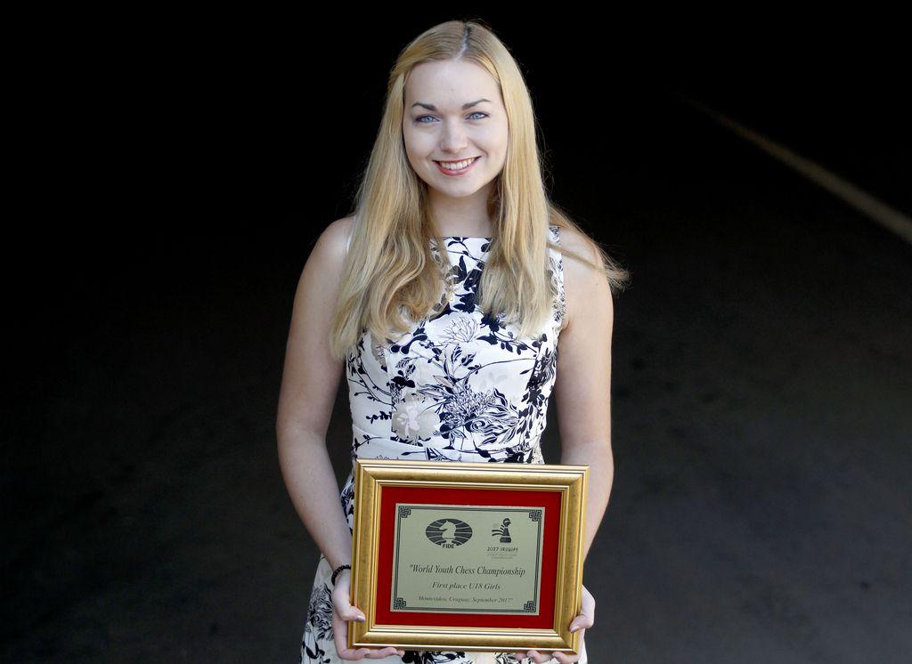Šahovska šampionka Laura Unuk