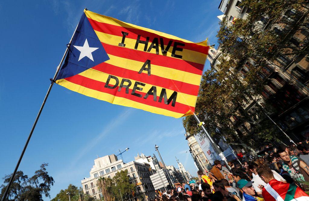 Revoltirana anketa: Odločni da neodvisni Kataloniji