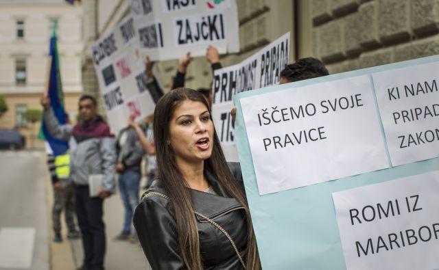 Romi, protest
