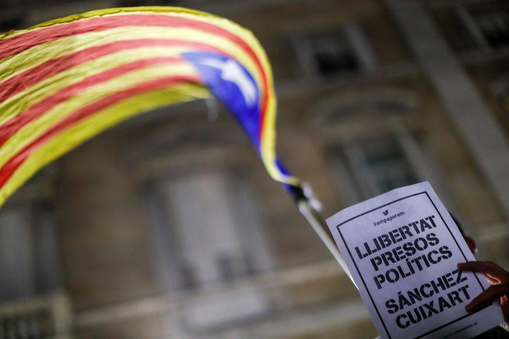 Svet na prepihu: Španska hoja po robu