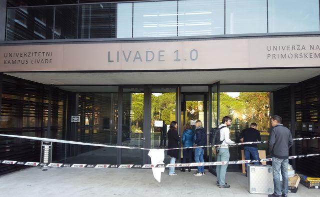 Kampus Livade zaradi kratkega stika (ali strele) pogorel del notranjosti