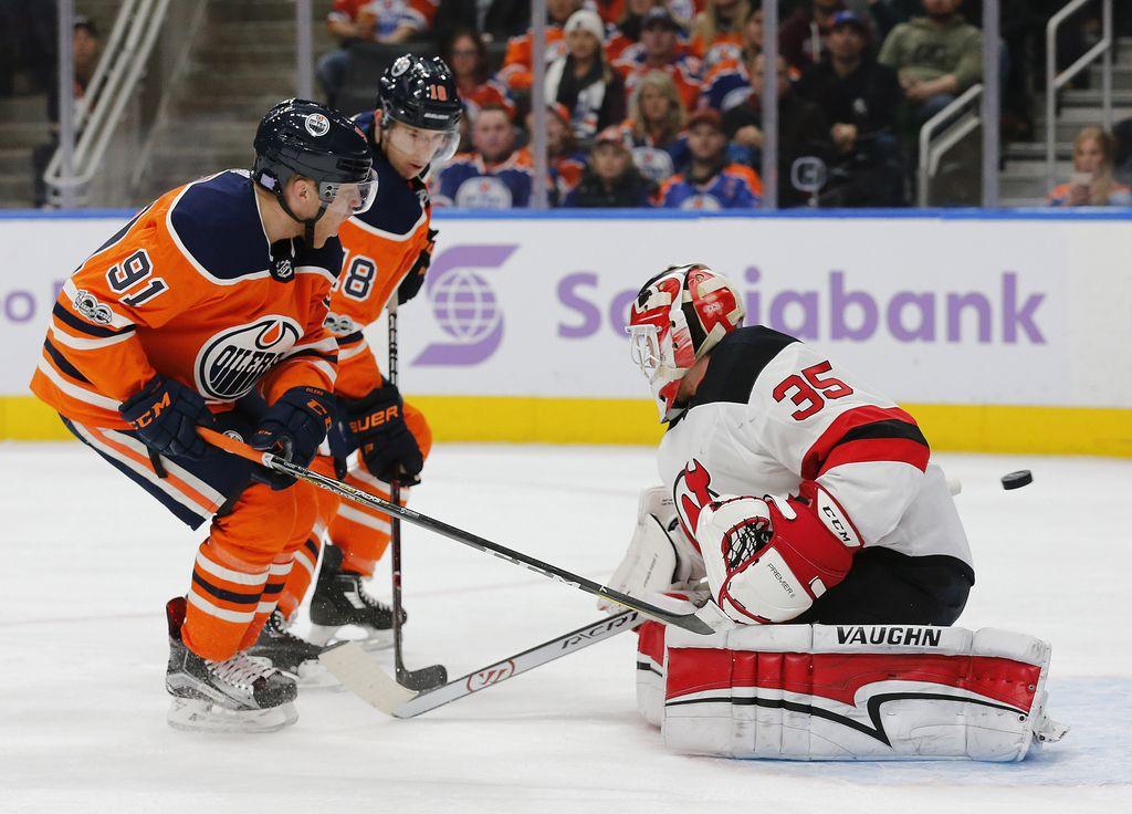 NHL: Razigrani McDavid končal niz Vragov (VIDEO)