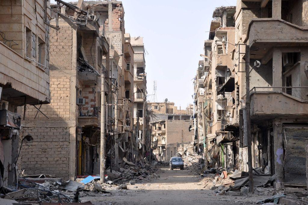 V napadu IS na razseljene Sirce več deset mrtvih