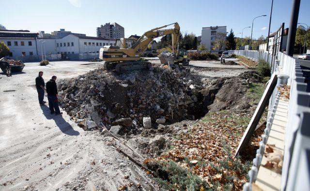 Gradnja Krkinega razvojno-poslovnega centra na Samovi cesti v Ljubljani 24.oktobra 2017 [Krka,razvojni centri,gradnje,Samova cesta,Ljubljana]