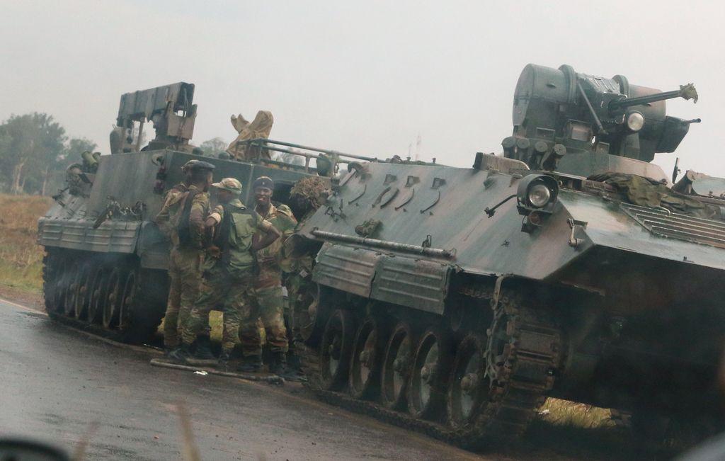 Napetost v Zimbabveju narašča. Se pripravlja vojaški udar?