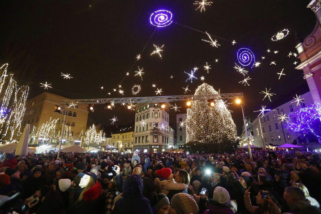 Tudi Ljubljana praznično zažarela