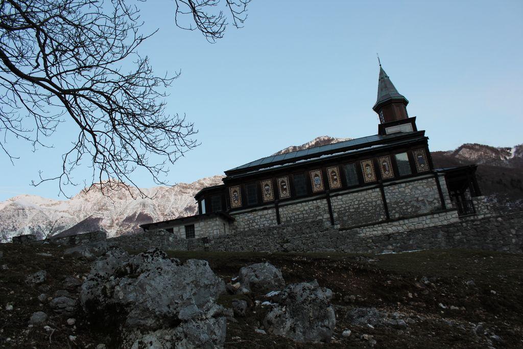 Cerkvi Sv. Duha na Javorci znak evropske dediščine