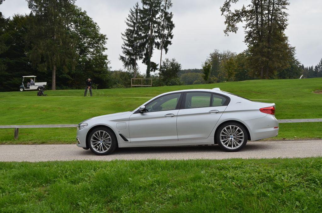 Preizkusili smo: BMW 530e iperformance
