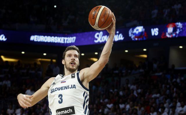 Finalna tekma Eurobasket 2017 med Slovenijo in Srbijo v Carigradu 17.septembra 2017 [šport,košarka,Eurobasket,finale,prvaki,Carigrad,Turčija,Goran Dragić]