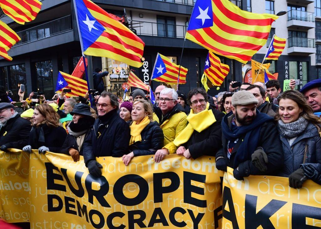 Množični shod Kataloncev v Bruslju