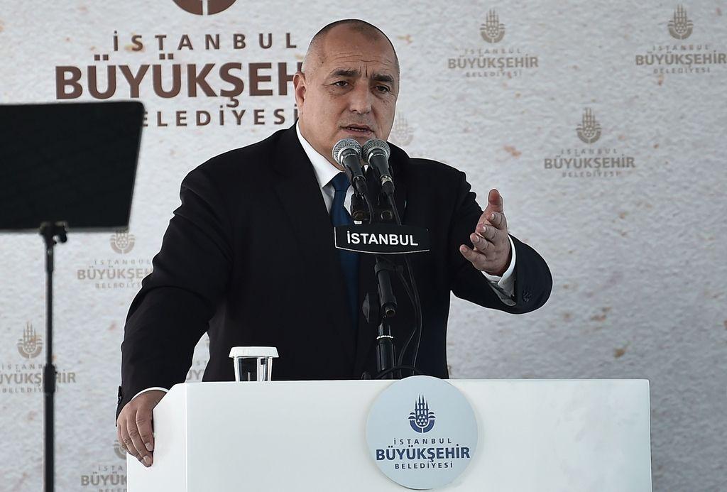 »To je Balkan. A moramo reševati probleme.«