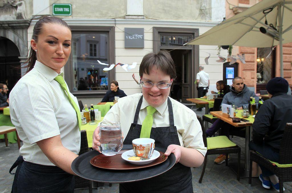 Po zaposlitvi so osebe z motnjo v razvoju trajno ob invalidnino