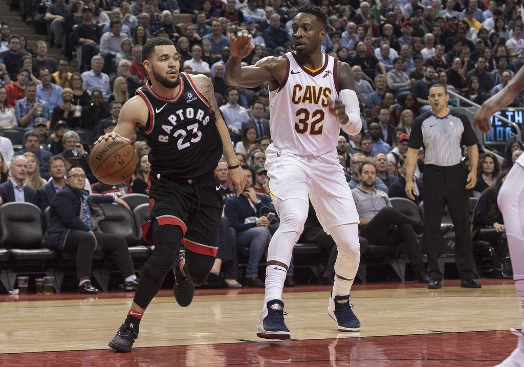 NBA: Toronto razbil Cleveland, Boston v Londonu boljši od Philadelphie (VIDEO)