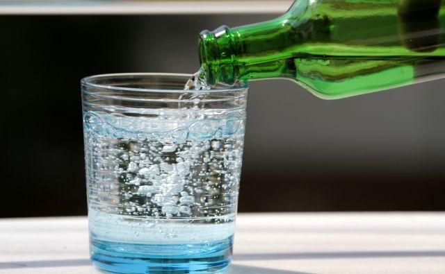 shutt-mineralna voda