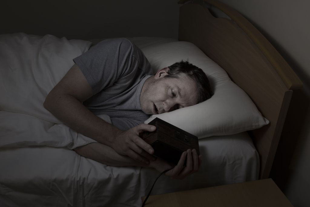 Spimo manj in – predvsem – slabše