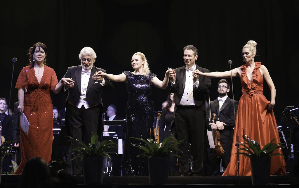 Plácido Domingo je pel tudi v slovenščini