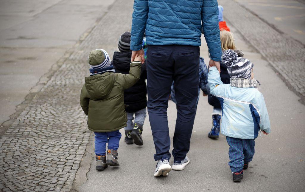 Naglas o občutljivi temi starševstva