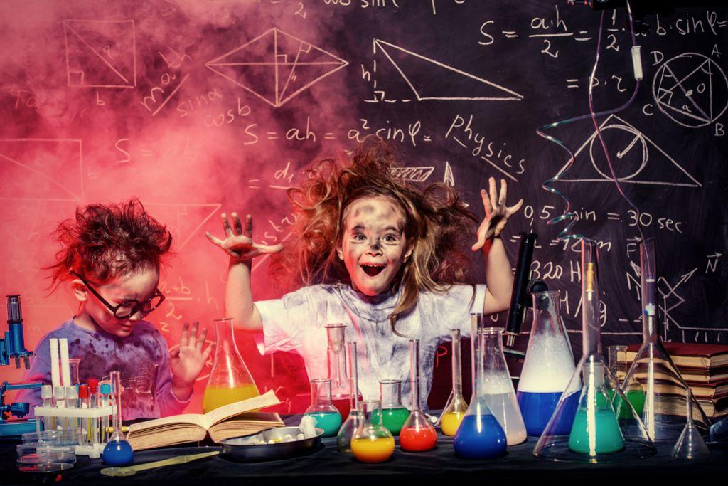 Znanstveni blog: Kako pri otrocih spodbujamo interes za znanost?