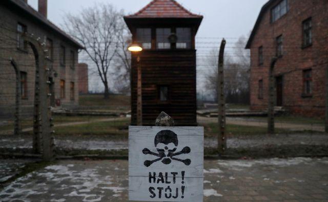 HOLOCAUST-MEMORIAL/