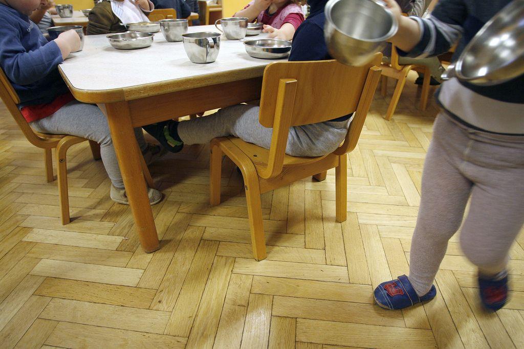 Necepljenim otrokom bo prepovedan vstop v javni vrtec