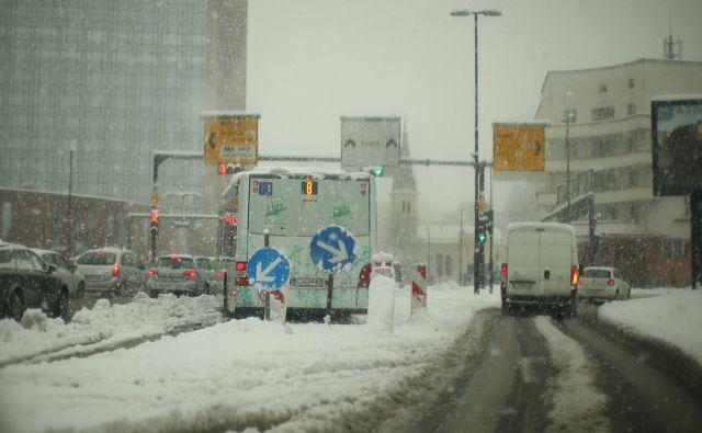 Sneg, vreme, promet, motivi