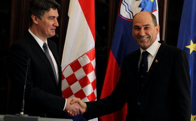 Mokrice 11.3.2013, Janez Janša in Zoran Milanović, podpis sporazuma foto: Tomi Lombar