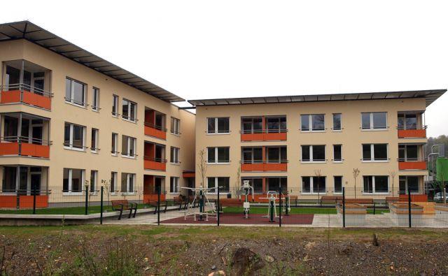 Odprtje naselja oskrbovanih stanovanj Škofljica 08.aprila 2016 [stanovanja,oskrbovana stanovanja,Škofljica]
